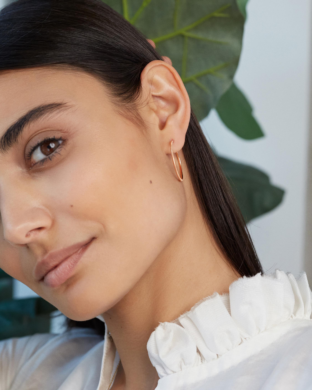 Renna Large Slim Florentine Hoop Earrings 2