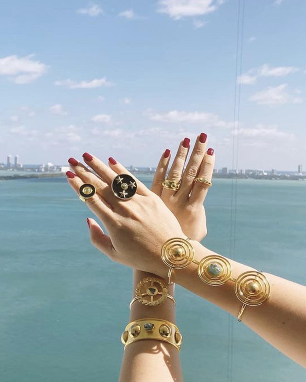Vanessa Arcila White Lyra Emerald Ring 2