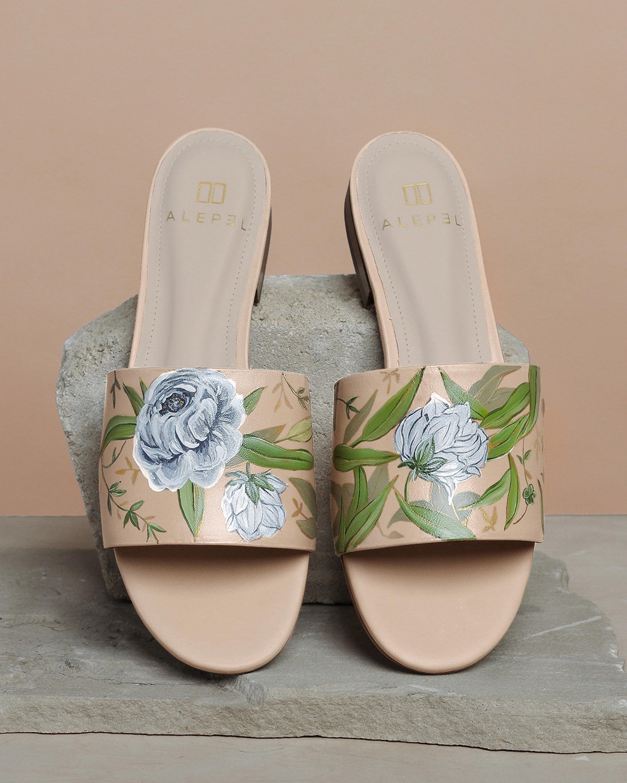 Alepel White Flower Round-Toe Slide 0