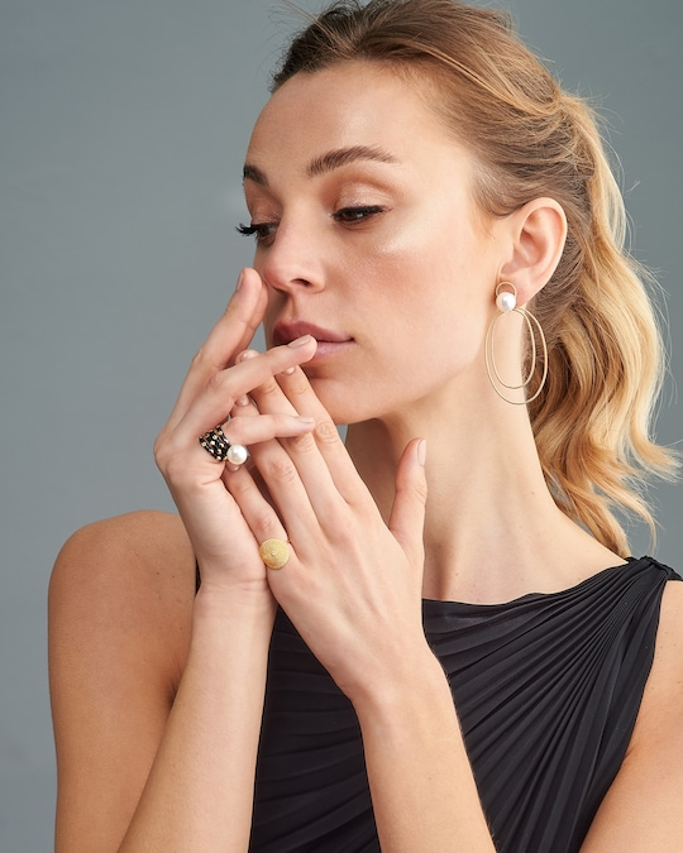 Penelope Jewelry Black Enamel Geometric Band 1