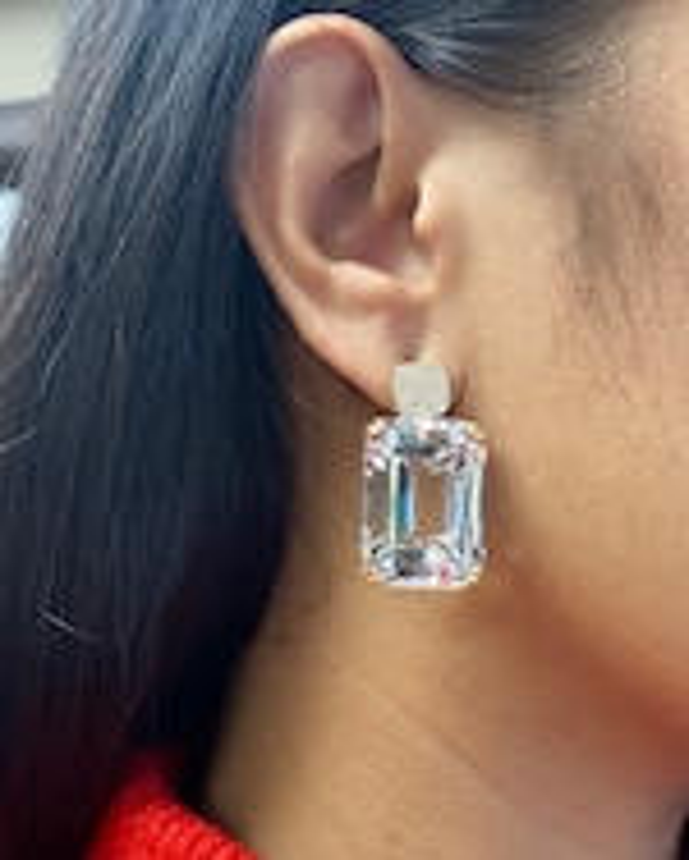 Goshwara Gossip Crystal Cushion Earrings 1