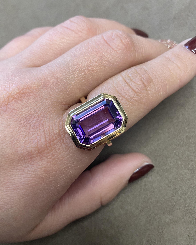 Goshwara Manhattan Emerald-Cut Amethyst Ring 2