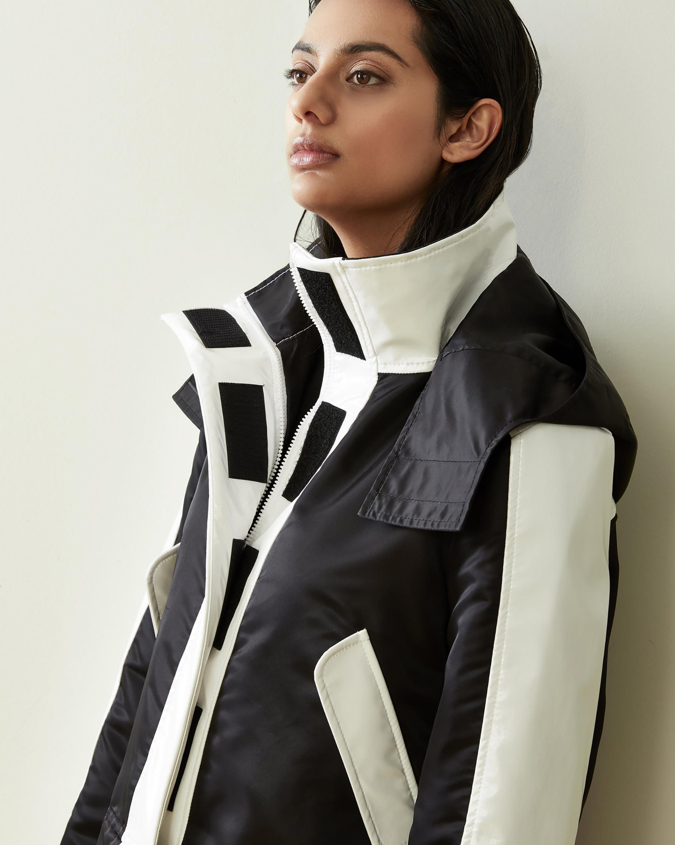CAALO Convertible Sustainable Raincoat 2