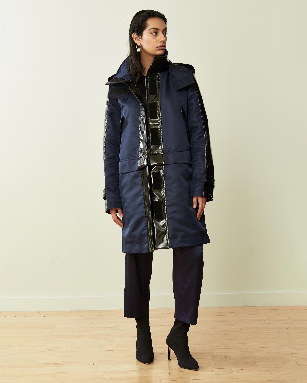 CAALO Glossed Convertible Sustainable Raincoat 2
