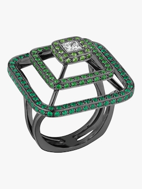 Piece Pyramid Tsavorite Ring