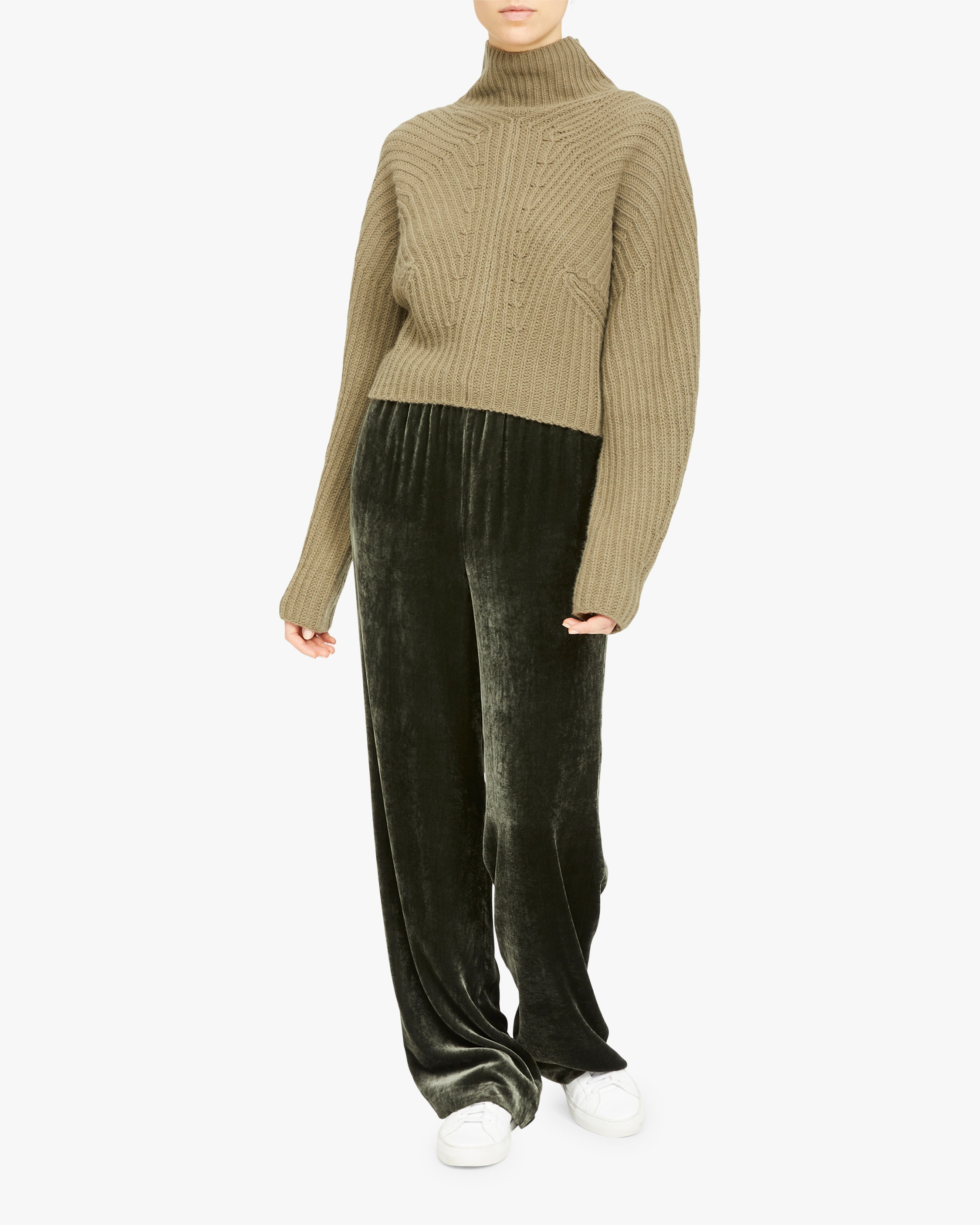 Theory Air Sculpted Turtleneck 2